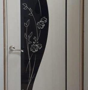 Камелия Крем лиственница Черный триплекс
